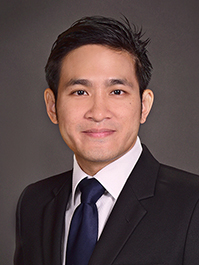 Dr Wesley Chong from Singapore National Eye Centre